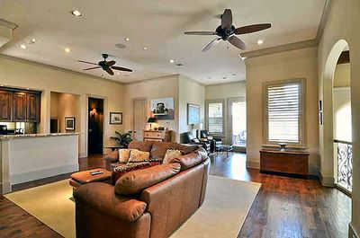 Spectacular Two-Story Family Room - 36145TX thumb - 25