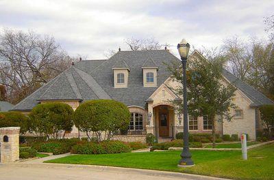 Flexible Estate Home Plan - 36270TX thumb - 02