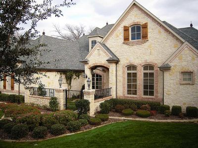 Flexible Estate Home Plan - 36270TX thumb - 03
