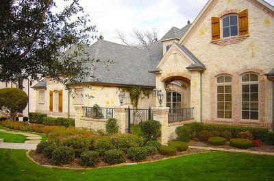 Flexible Estate Home Plan - 36270TX thumb - 04