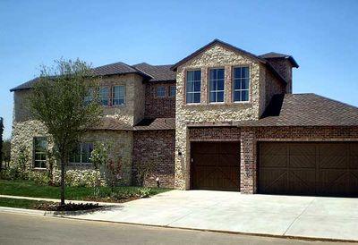 Hill Country Courtyard Stunner - 36377TX thumb - 02