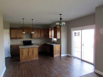 Bi-Level Home Plan - 39197ST thumb - 02