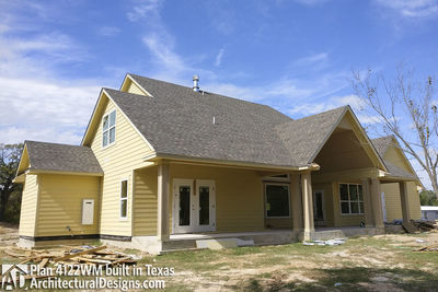 Farmhouse Plan 4122WM comes to life in Texas - photo 014