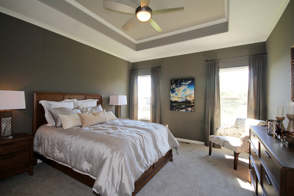 Split bedroom ranch with covered outdoor patio 42282db for Split master bedroom