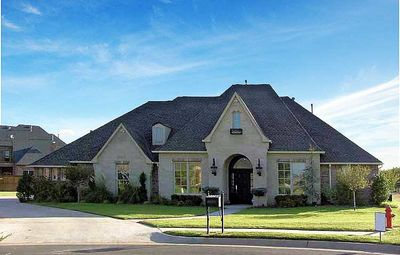 Angled Nook Home Plan with Options - 48034FM thumb - 02