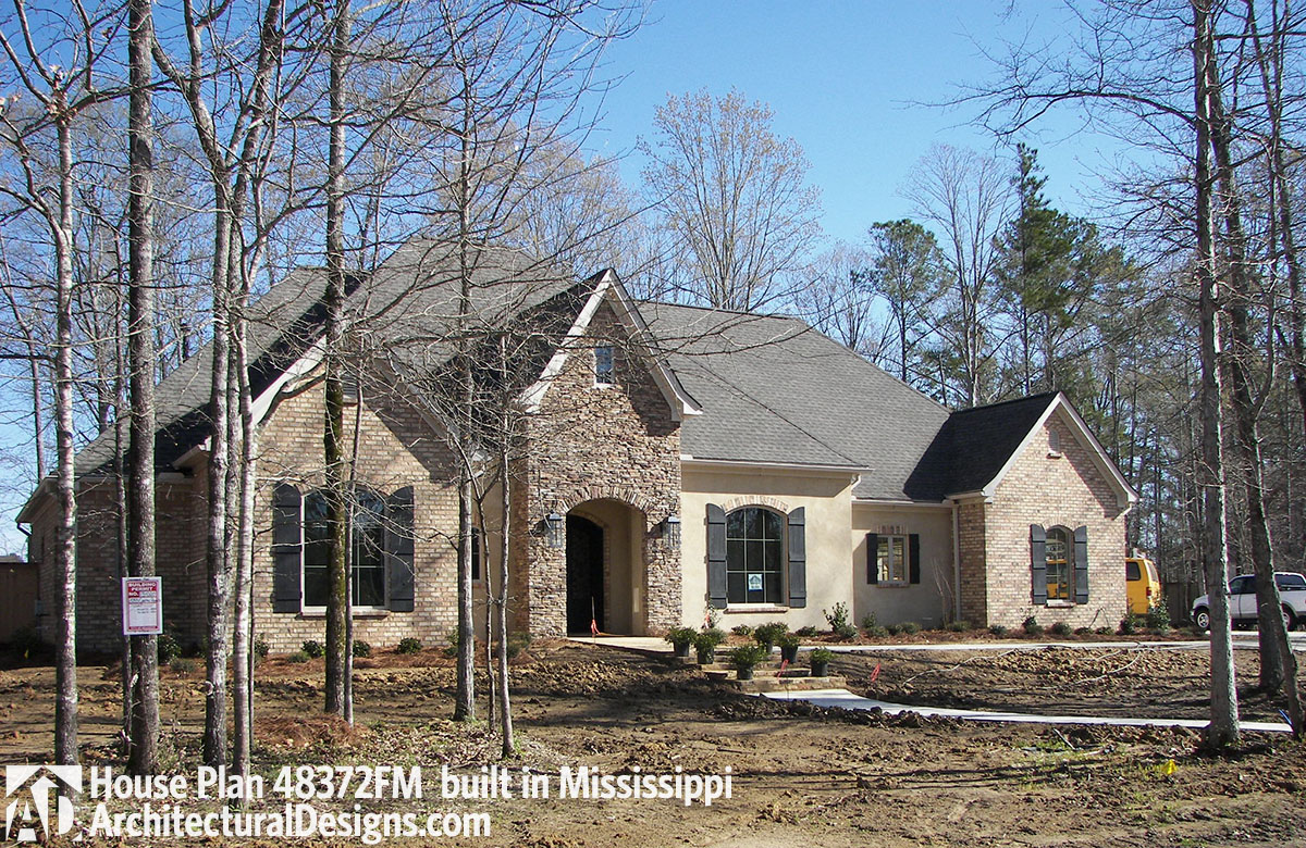 House plan 48372fm comes to life in mississippi for House plans mississippi
