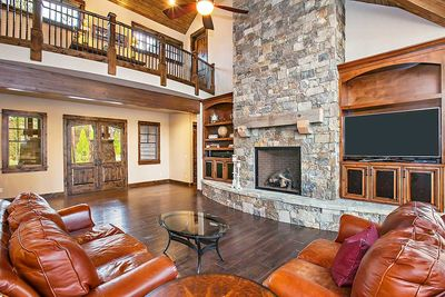Stunning Mountain Home with Four Master Suites - 54200HU thumb - 19