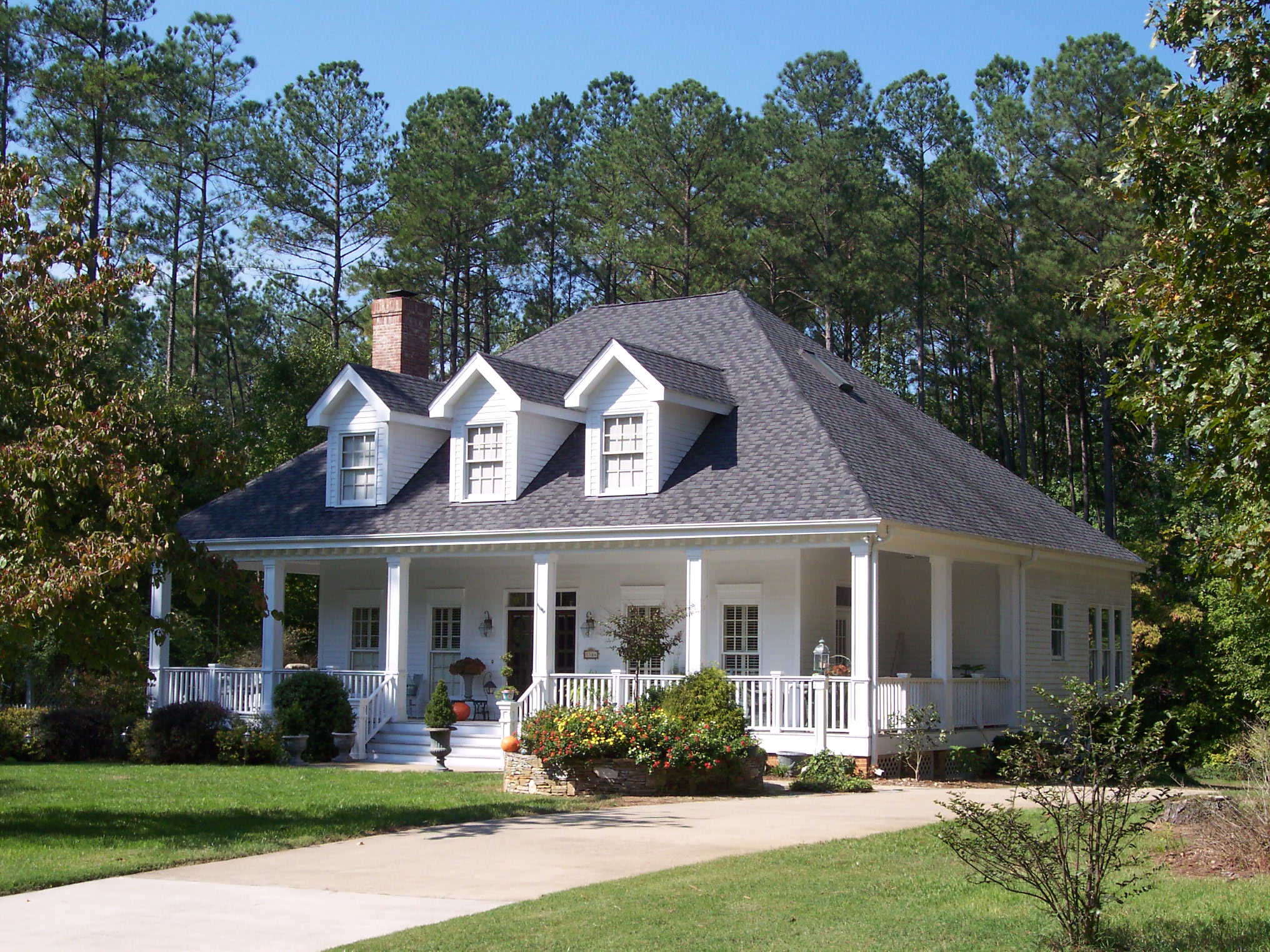Adorable southern home plan 5669tr 1st floor master for Southern home plans designs