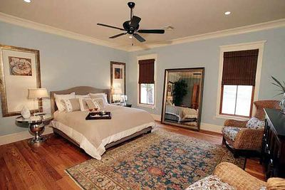 Showcase Stunner With 4 or 5 Bedrooms - 60064RC thumb - 11