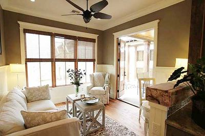 Showcase Stunner With 4 or 5 Bedrooms - 60064RC thumb - 14