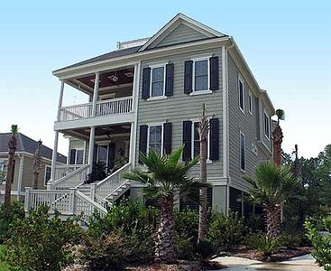 Southern Home with Wrap-Around Porch - 60075RC thumb - 01