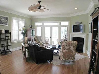 Southern Home with Wrap-Around Porch - 60075RC thumb - 06