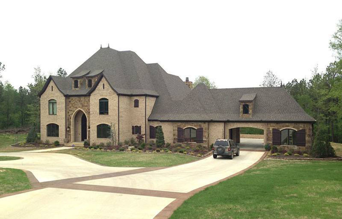 Estate home plan with motorcourt 60592nd 1st floor for Estate home plans