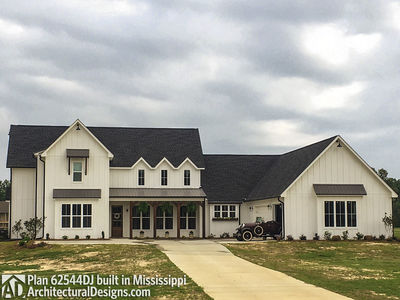 Modern Farmhouse Plan 62544DJ comes to life in Mississippi! - photo 012