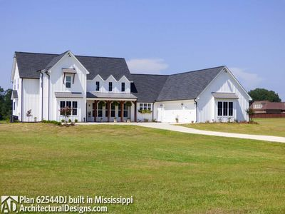 Modern Farmhouse Plan 62544DJ comes to life in Mississippi! - photo 002