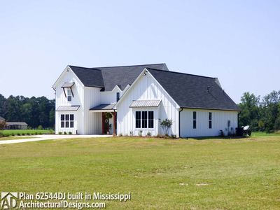 Modern Farmhouse Plan 62544DJ comes to life in Mississippi! - photo 003