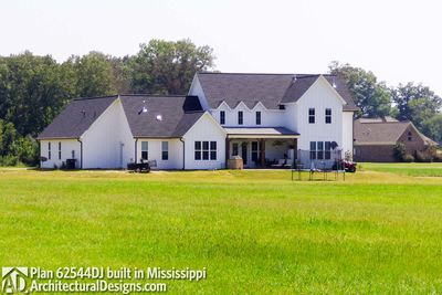Modern Farmhouse Plan 62544DJ comes to life in Mississippi - photo 009