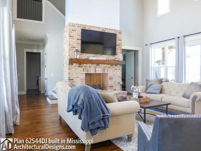 Modern Farmhouse Plan 62544DJ comes to life in Mississippi - photo 014