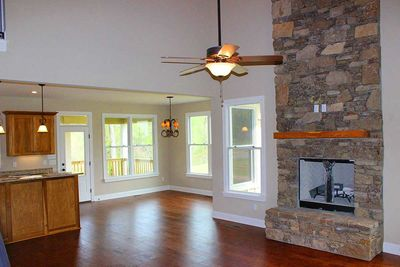 Cottage Escape with 3 Master Suites - 68400VR thumb - 12