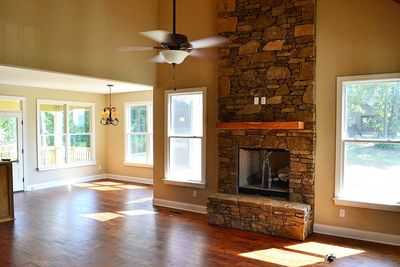 Cottage Escape with 3 Master Suites - 68400VR thumb - 13