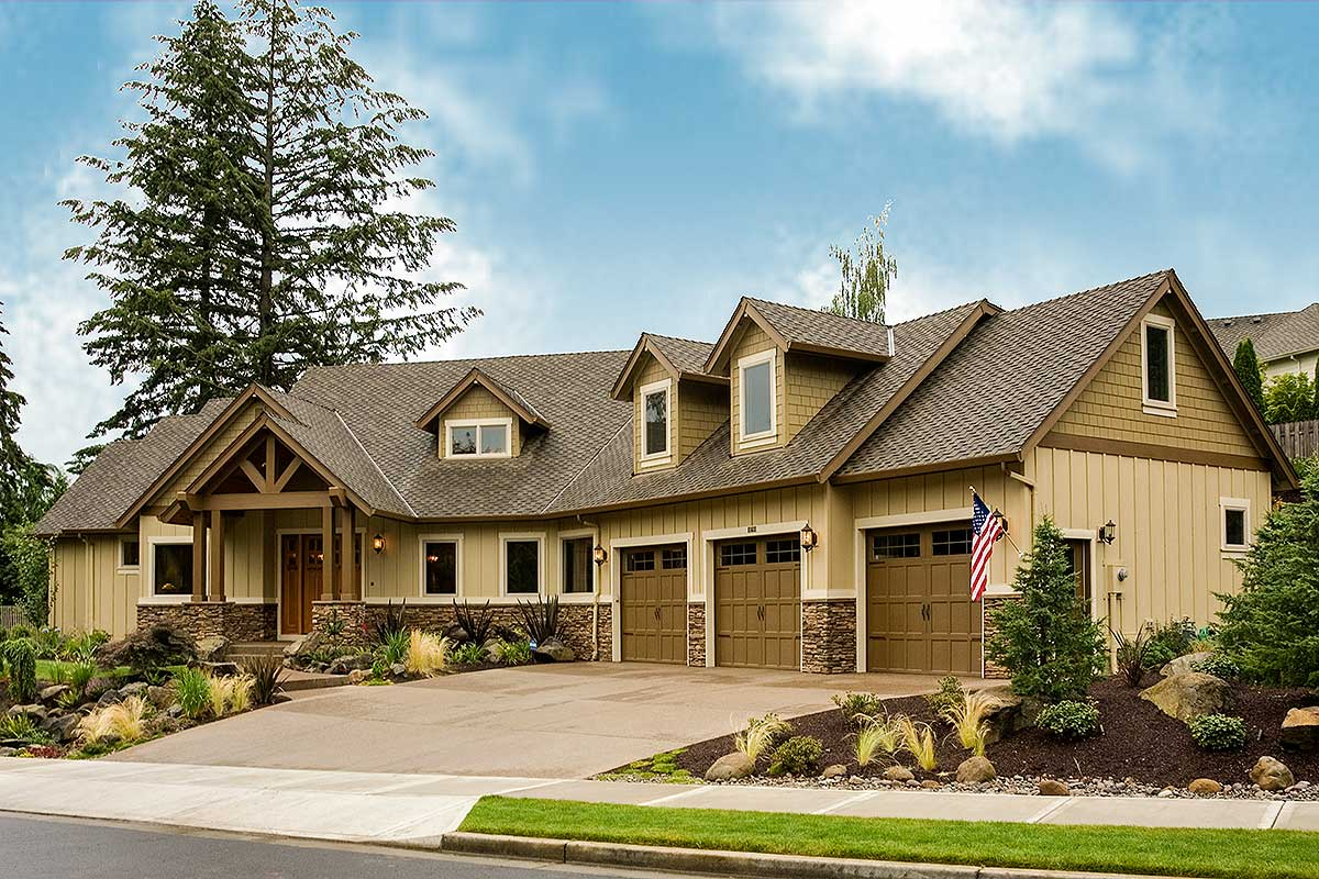 Charming and luxurious craftsman home plan 69002am for Charming house plans
