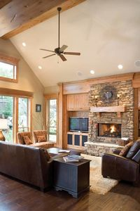 Charming and Luxurious Craftsman Home Plan - 69002AM thumb - 07