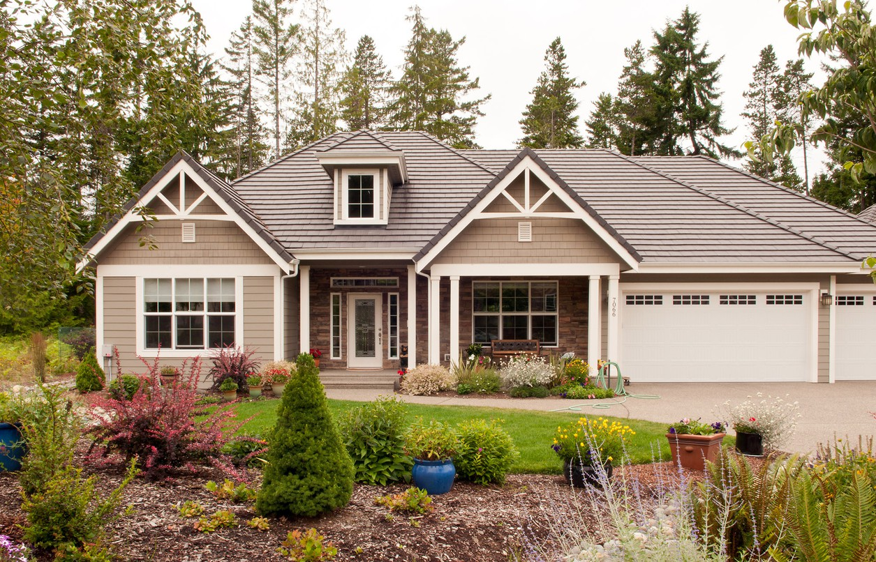 Cottage style with split bedroom design 69006am 1st for Northwest craftsman style house plans