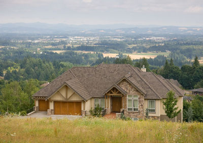 Luxury Hillside Craftsman - 69170AM thumb - 08