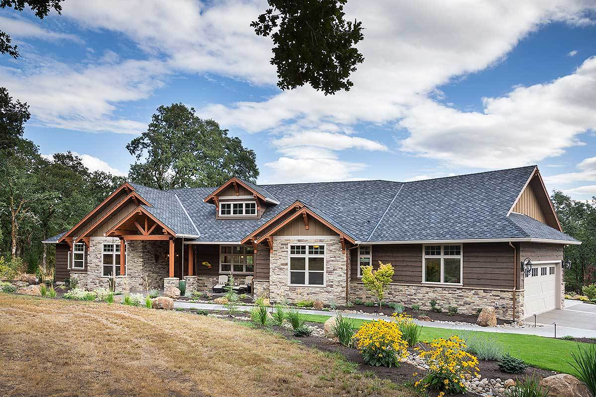 Beautiful northwest ranch home plan 69582am for Ranch home plans with loft