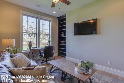 House Plan 69582AM comes to life in Oregon - photo 052
