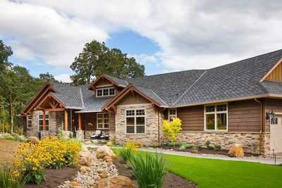 Beautiful Northwest Ranch Home Plan - 69582AM thumb - 02