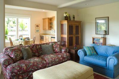 Modern Prairie-Style Home Plan - 6966AM thumb - 03