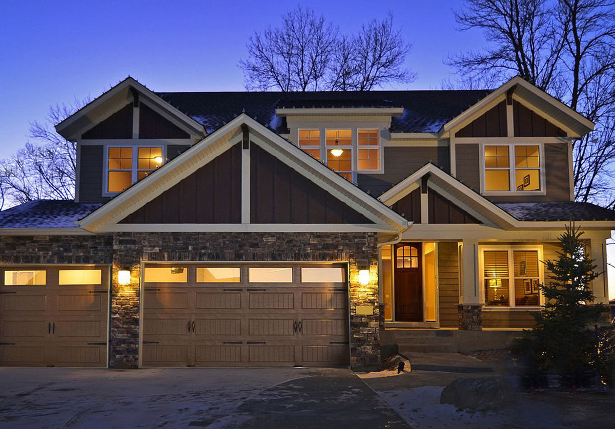 Craftsman bungalow with optional finished basement for Architectural designs craftsman style homes
