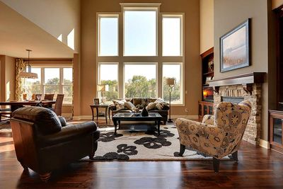 Craftsman Beauty With 2-Story Great Room - 73342HS thumb - 14