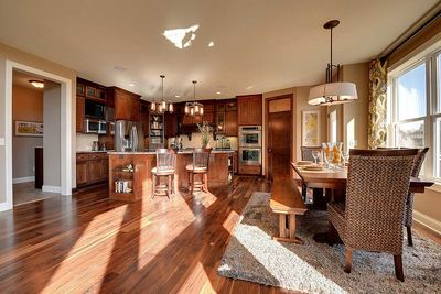 Craftsman Beauty With 2-Story Great Room - 73342HS thumb - 17