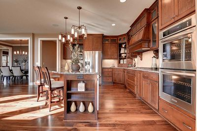 Craftsman Beauty With 2-Story Great Room - 73342HS thumb - 18