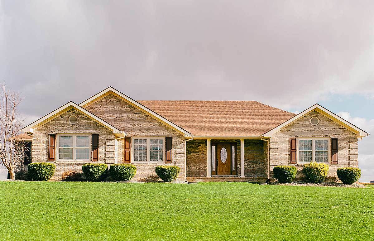 Traditional 3 Bed Ranch House Plan 77609fb 1st Floor
