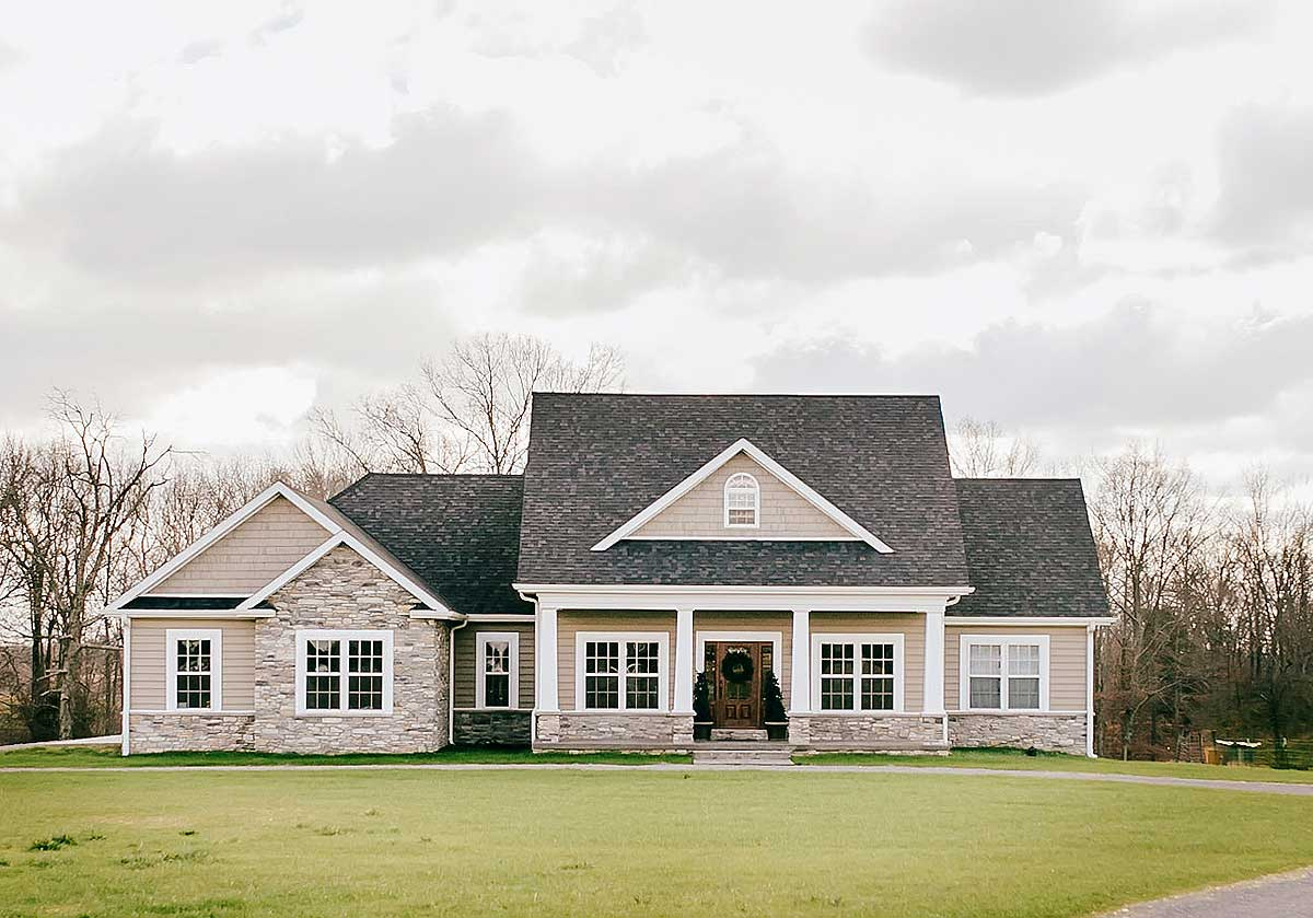 Nicely proportioned traditional house plan 77617fb 1st - Traditional home plans and designs ...