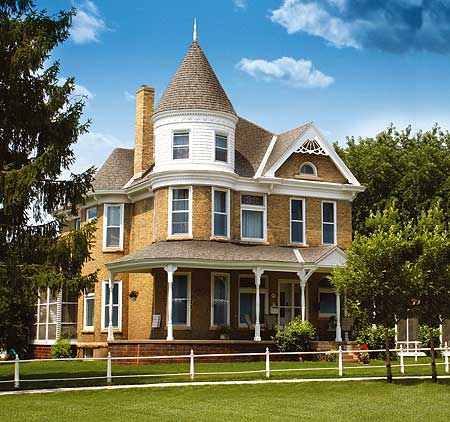 Glorious turret 80723pm 2nd floor master suite cad for Victorian house plans with turrets