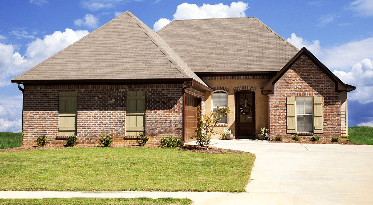 Small house with giant living area 83856jw 1st floor for Southern living narrow lot house plans