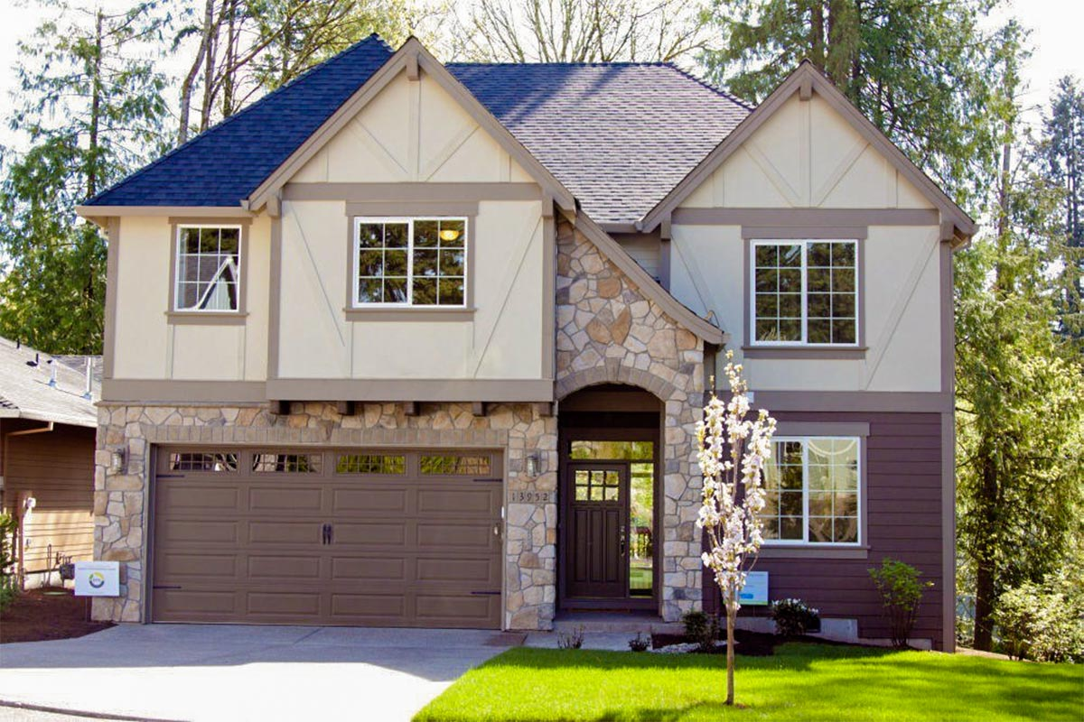 3 bed tudor house plan with bonus room 85127ms for Tudor home plans