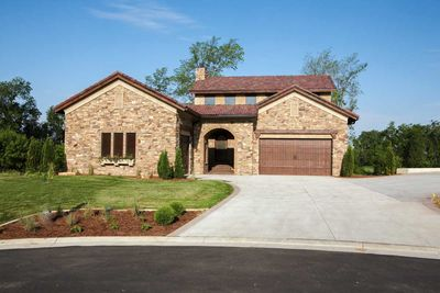 Timeless Tuscan With Courtyard - 89823AH thumb - 02