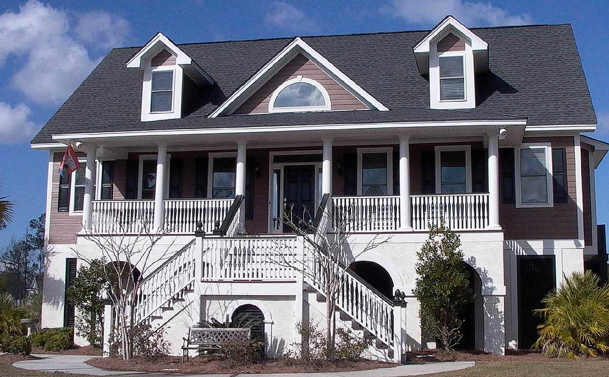 Low country home with t shaped staircase 91009gu for T shaped home plans