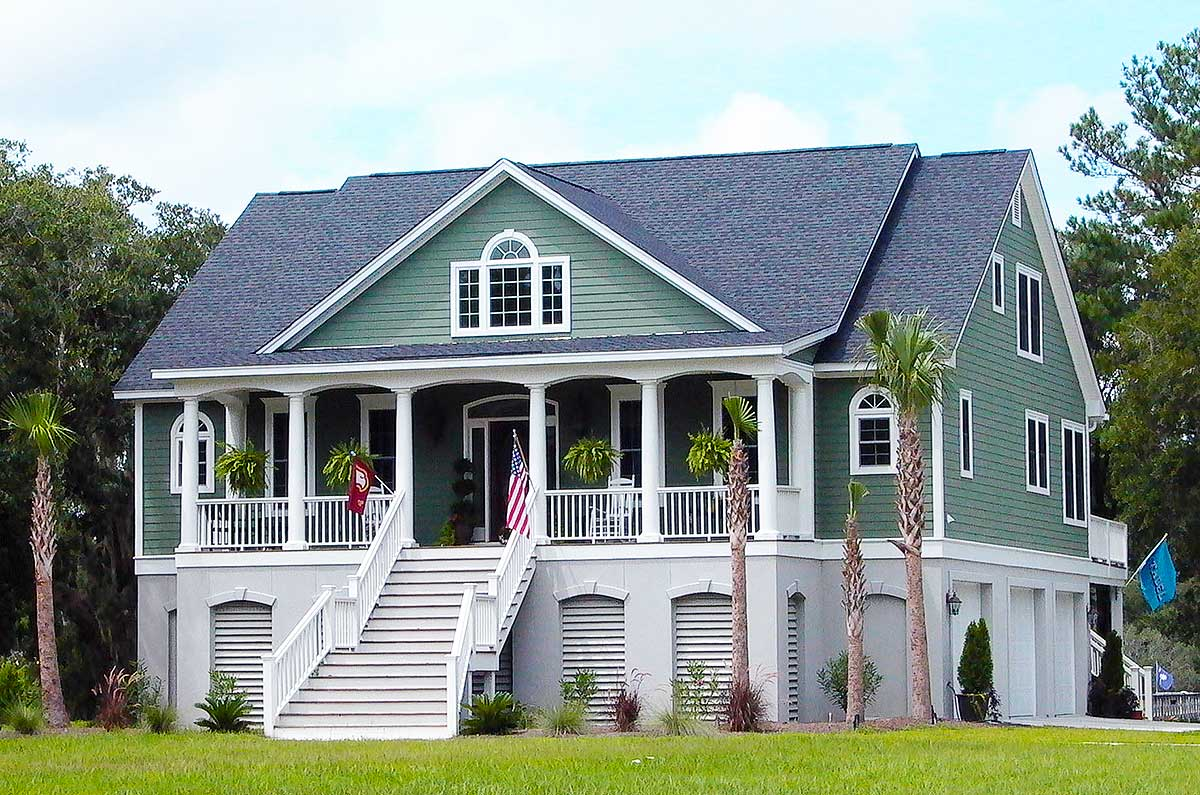Country Home Designs: 3 Bedroom Low Country With Media Room - 9142GU