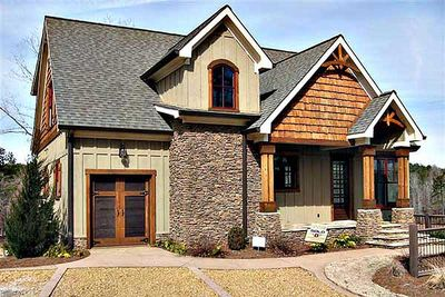 Mountain home with vaulted ceilings 92305mx 1st floor for Mountain vacation home plans