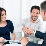 5 REASONS TO HIRE A BUYER'S AGENT