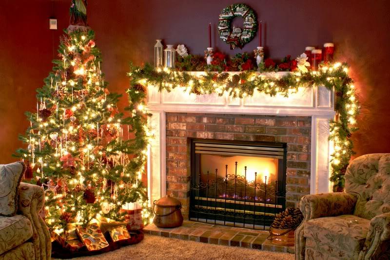houses-decorated-for-christmas-06mxe8ga