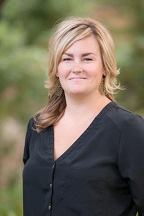 Eva Lucas Real Estate Agent