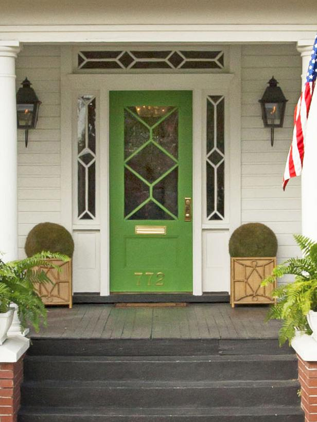 Listing Your House Outside Touches Make Better First Impressions