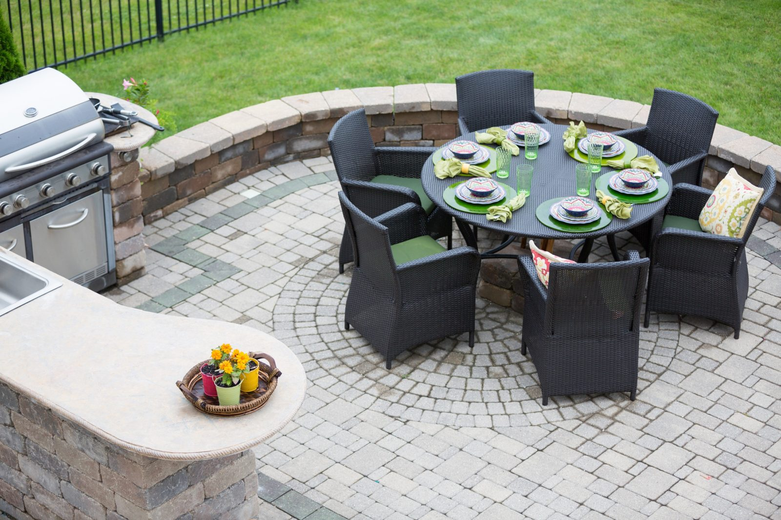 Staging Your Outdoor Living Space - Selling a Home in Lakewood or Long Beach
